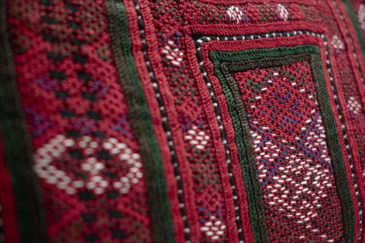 Persian Balochi Embroidery Women Handbag Crimson Kilim Pattern With Golden Hinge And Chain