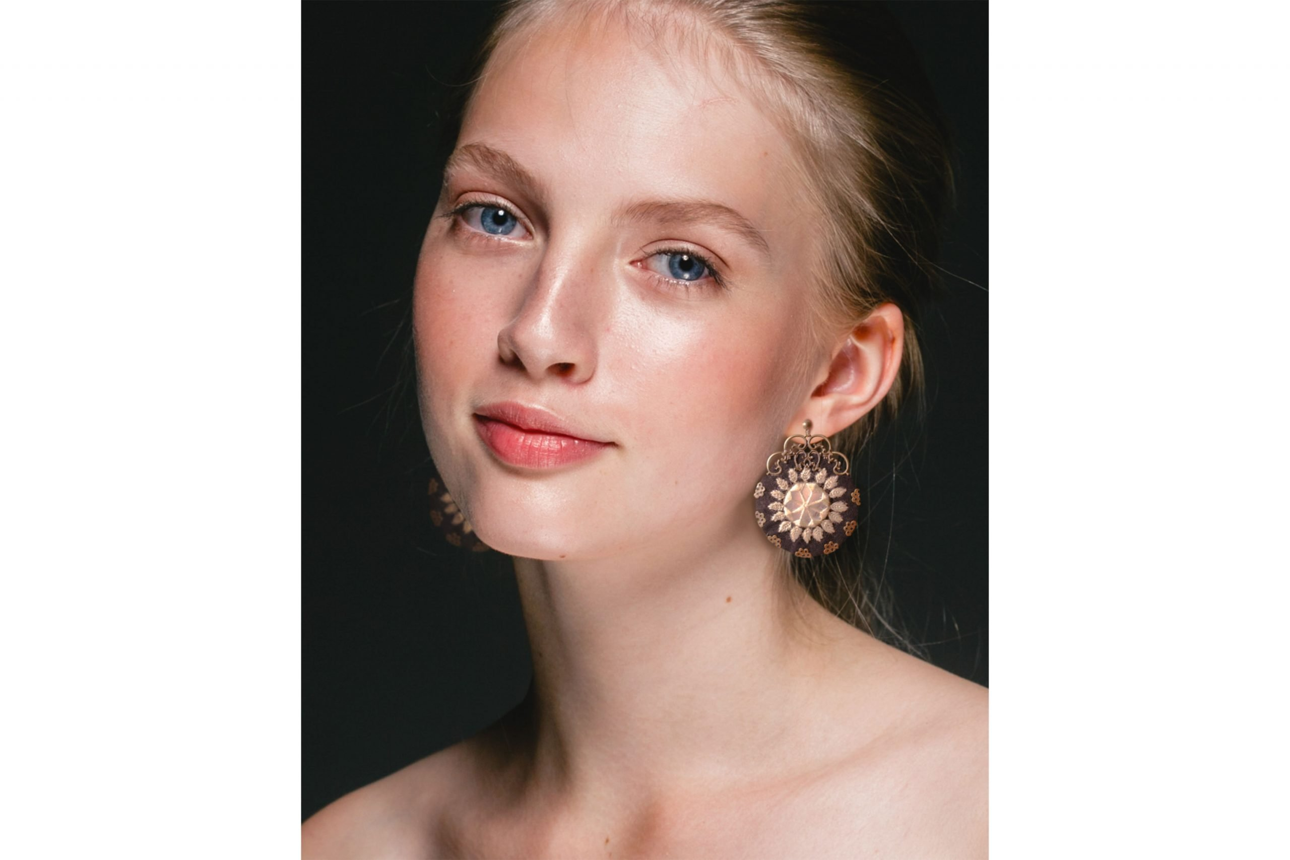 Ethnic Balochi Embroidery Earring - Whitle Mirror Circle