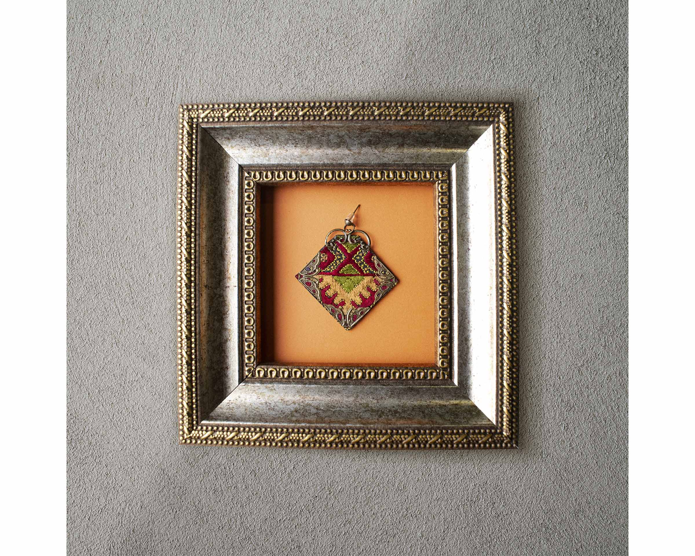 Balochi Embroidery Earring - Diamond Labyrinth